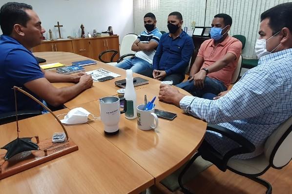 Prefeito Raimundo Coquinho visita prefeito de Imperatriz, Assis Ramos