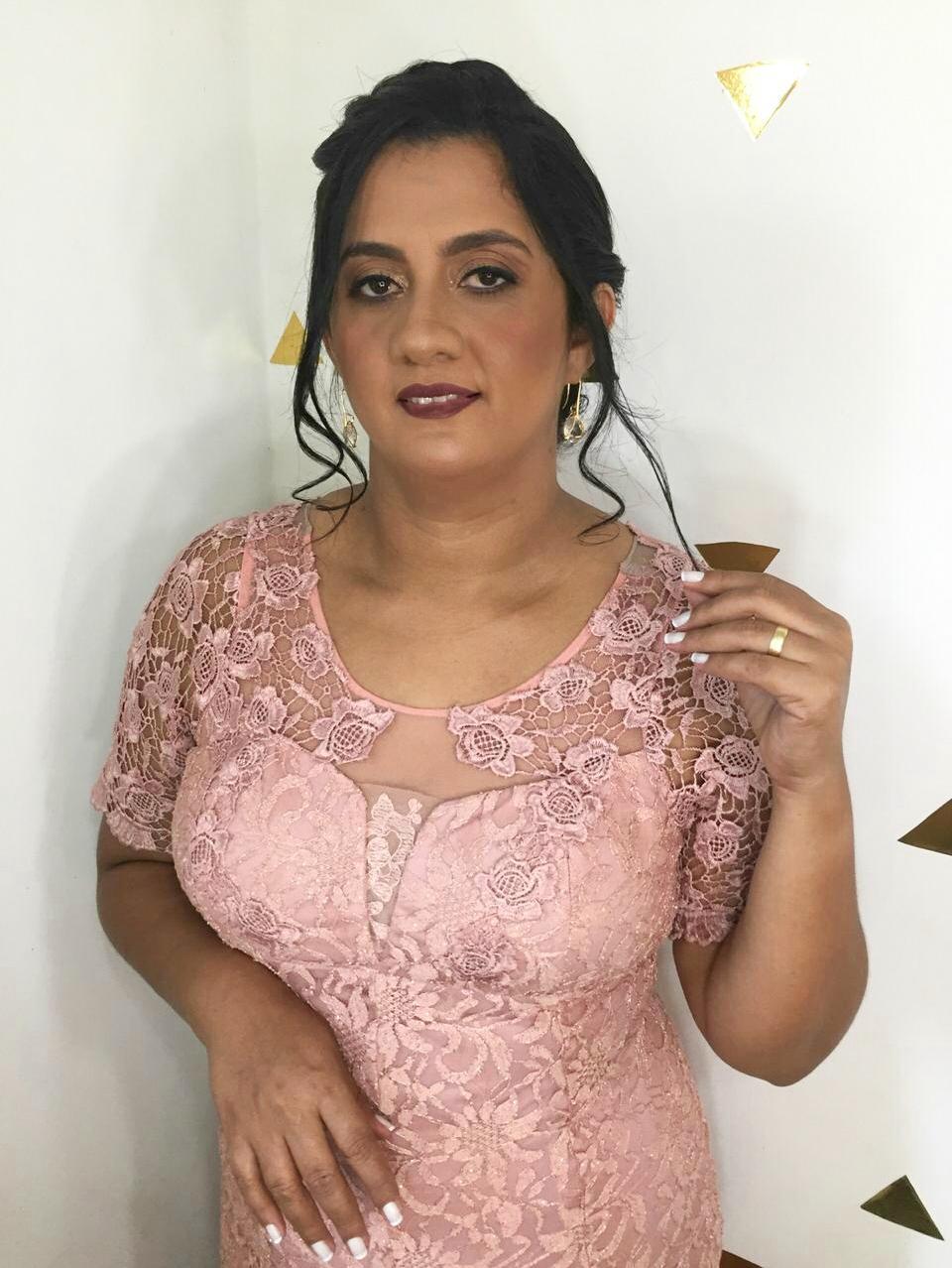Dinaliana Eríca do Nascimento Moreira